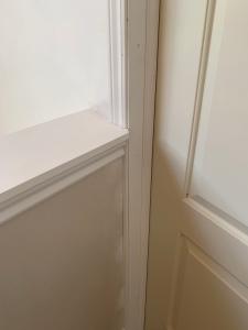 Trim detail guest bedroom door